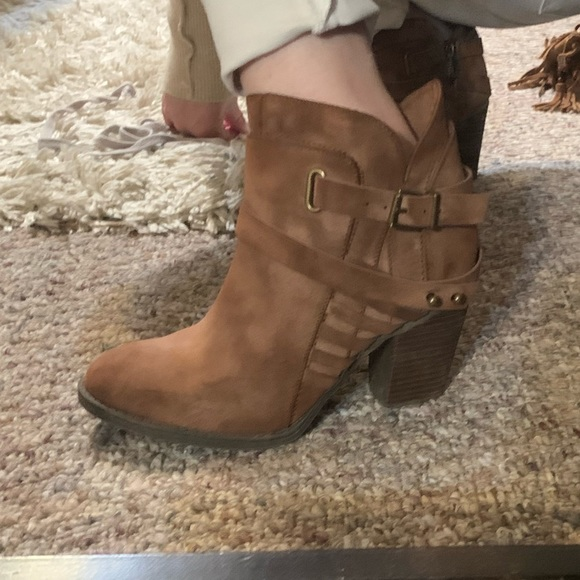 Not Rated Shoes - Not rated brown booties